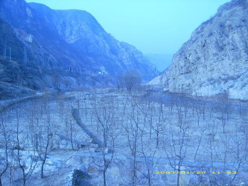 芦沟湖风景图片