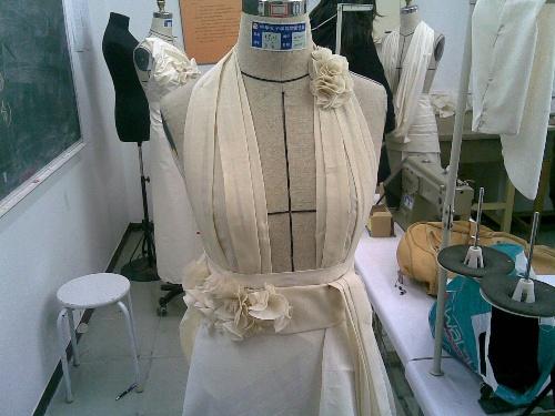 自己做的小礼服-柒柒得凄凄世界-搜狐博客图片